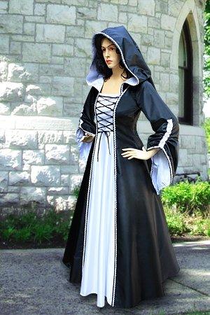 dm1 dans robe de soiree gothique